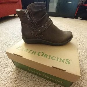 Earth Origins boots